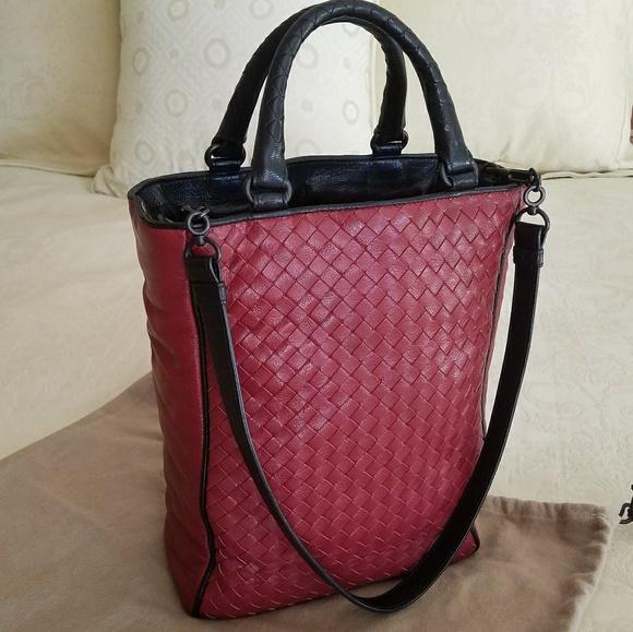 0a2948db30 Bottega Veneta Handbags - Bottega Veneta Intrecciato Tote Shoulder Bag